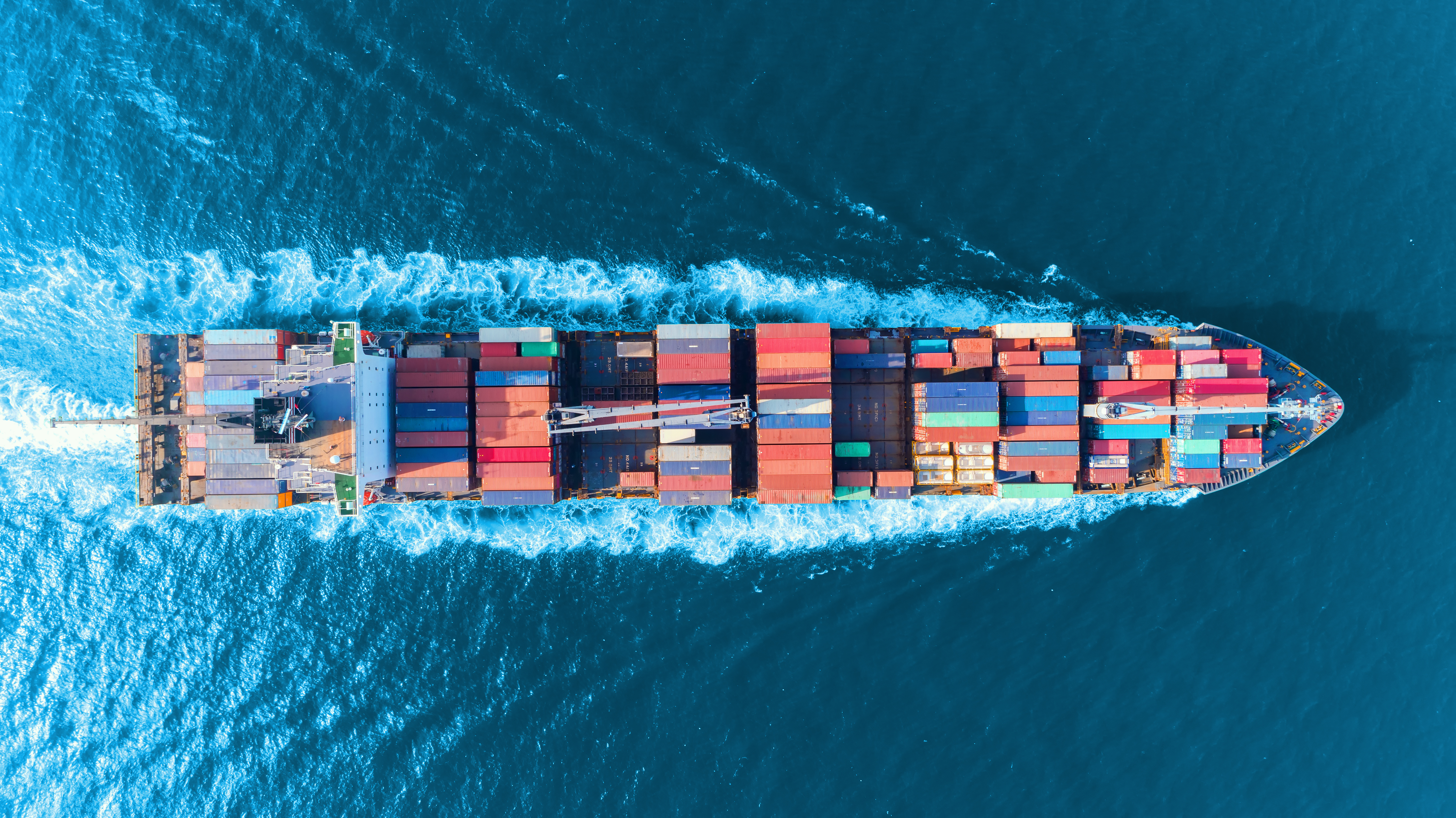 container boat commerce business exchange import export taxation environment CO2 footprint