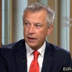 Moritz Kraemer accreditus analyst eurobonds recovery bonds