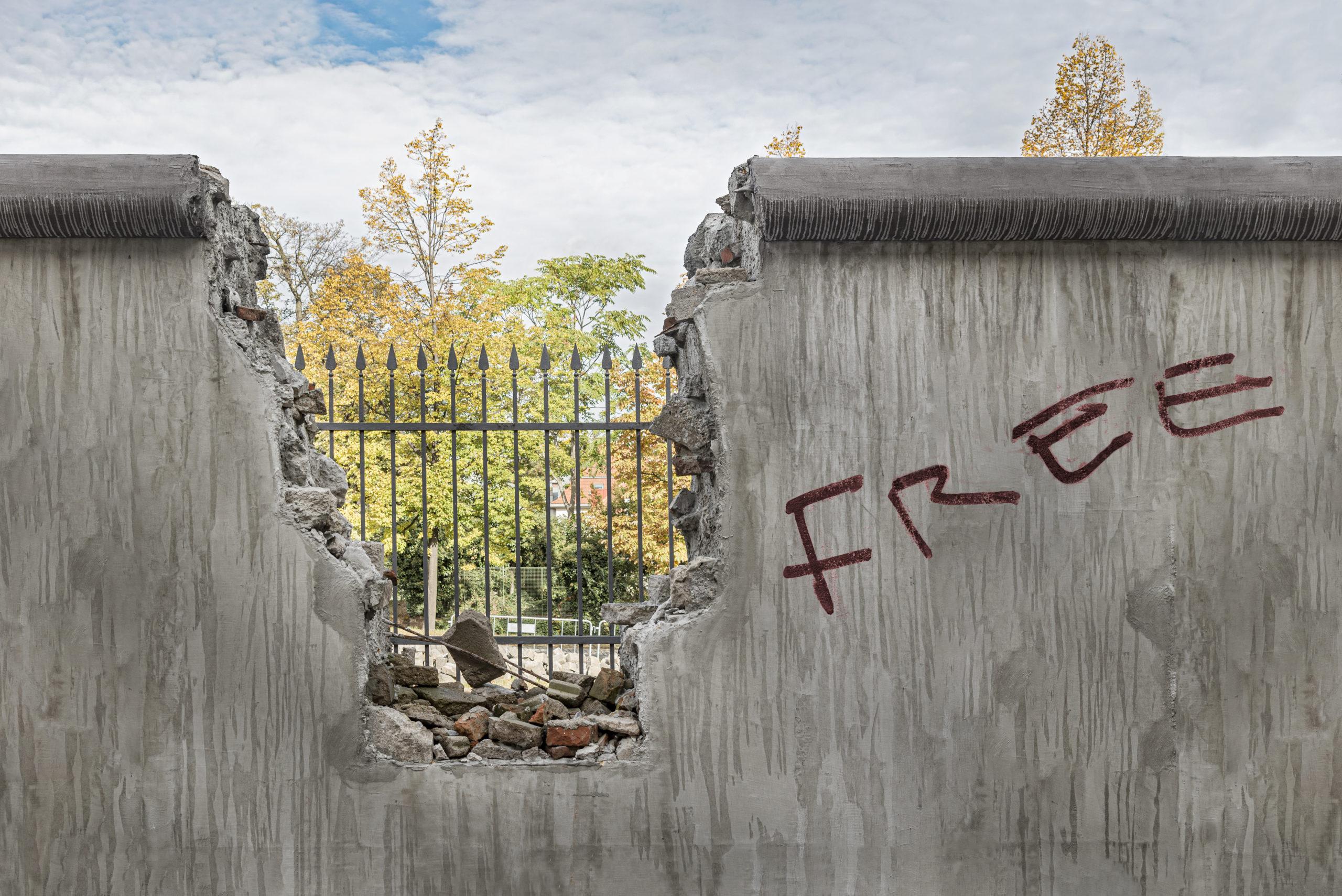 barricade berlin wall east west divide european union