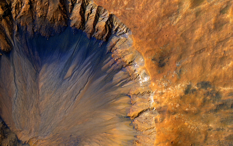 sirenum fossae, Mars, picture taken by NASA
